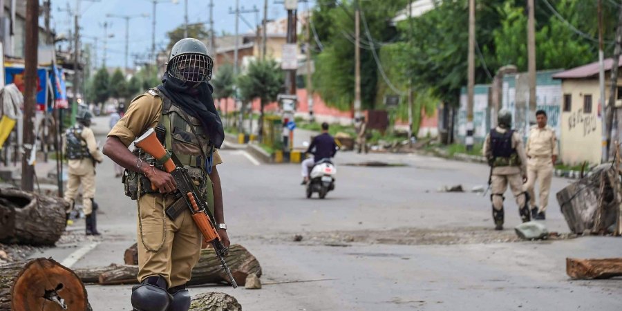 Media Roundup: International Coverage of India's Ongoing Siege on Kashmir — Day 23